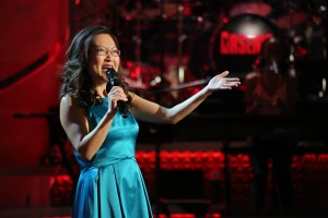 Helen-Hong-performing-on-Arsenio-Hall-Show